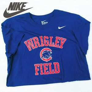 Nike Wrigley Field Chicago Cubs UNISEXBaseball tee